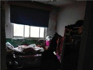 闫庄学校院内3室1厅1卫40万元