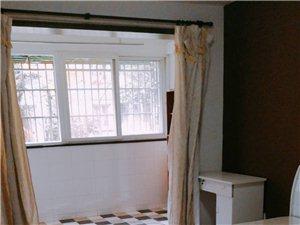 明豪花园小区3室1厅1卫800元/月