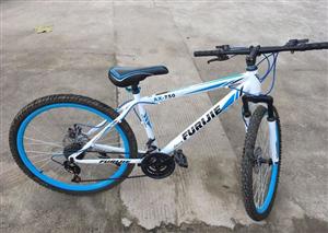 山地自行车9成新