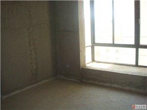 郑上品3室2厅1卫81万元地铁口临近植物园