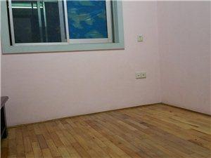 十里牌林场院3室2厅1卫1100元/月