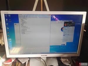 本人急着回家,出售台上电脑一台。
