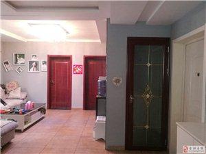 凤凰园小区六加七精装修,带家具出售