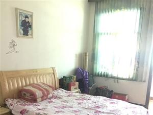 武装部县中心单位房出售。