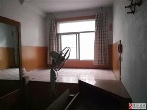 梅花小区2室1厅1卫43.5万元