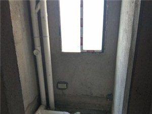 单位新修电梯房屋,诚心出售,免税费。