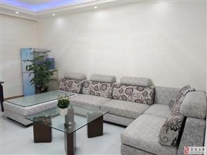 便宜急售镇政府对面全新精装修房3室2厅33万元