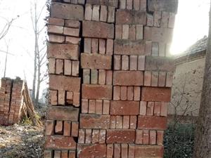 家里建房子余下的新砖2万个