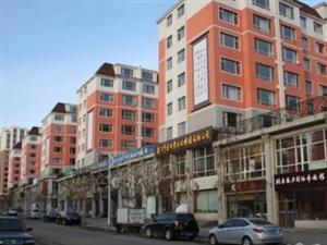 人民路三小左近一处临街商网出售(两门口)