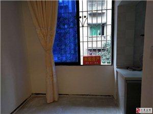 纺织街中段住房出售1室1厅1卫19.8万元