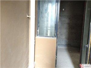 恒盛·伴山国际3室2厅2卫68.8万元