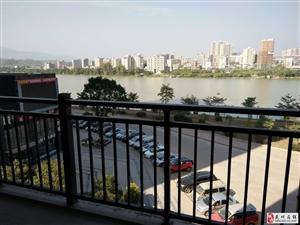 东江一号187平米精装四房售163万