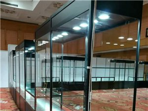 立欣专注铝合金折叠展柜制作折叠柜钛合金展示架展览