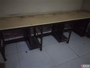 低价出售电脑桌