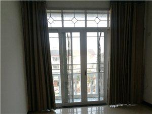 建材市场两室一厅一卫600元/月