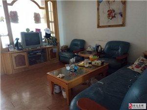 魁星学校附近,学区房,4楼,中等装修,送家具家电