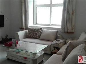 九州名座1楼3室1厅100平精装带家具