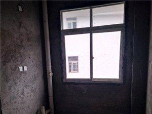 公务员小区3室2厅2卫32万元支持贷款