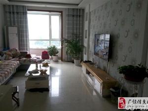 渤海御苑4楼精装127平87万证满2年免税3室2厅1卫