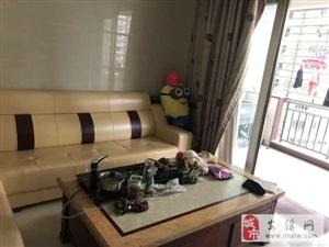 景安小区中高层三房精装家具家电齐全出租