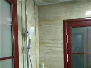 绿洲香岛3室精装1700元一个月