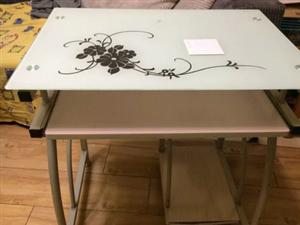 出售闲置电脑桌一个