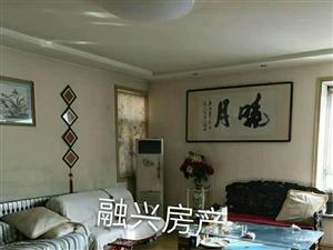 天虹花园1楼145平精+车库30平双证90万元