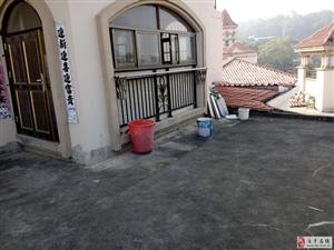 南方翡翠城2室1厅带25平露台1200元/月