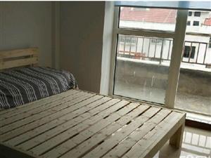 悦溪苑6楼阁楼精装2室1厅1卫17万元