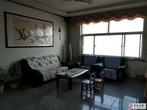 商业中心3室2厅简装双气