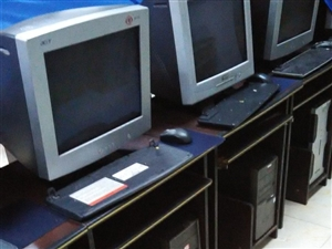 转让培训学校旧电脑、电脑桌、课桌及其他办公设备