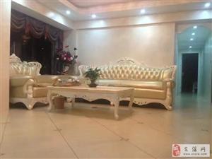 阳光城豪华装修,高层3室2厅2卫4500元/月