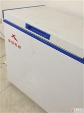 九成新冰箱。冷冻,保鲜都可以