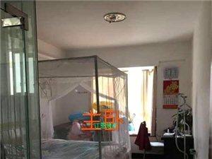 亲水湾精装修128平中层3室2厅2卫71万元