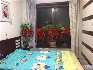 3473金源小区5楼84平米精装带草屋46万元