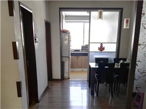 城东区泉山学校旁学区房低价3室2厅1卫49万元