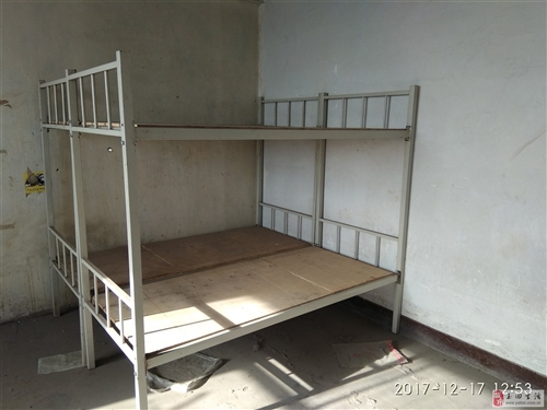 出售宿舍床,上下鋪,要的聯系。