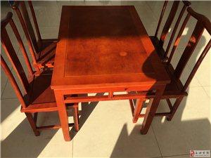 出售自家用的复古风格桌椅,要的可以打电话。
