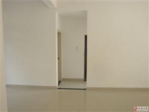 景成花半里1室0厅1卫30万元