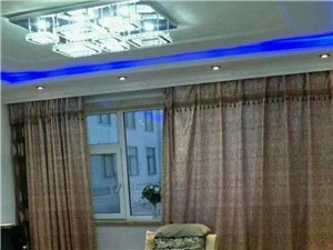 出租御龙苑95平两室精装修一年一万五