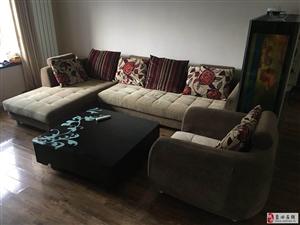 出售九成新沙发一套