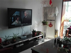 宋城附近4楼精装3室2厅120平家具家电齐全