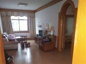 安化县柳溪路云天商业广场附近3室2厅1卫1000元/月