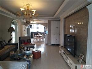 时代广场全现浇大小区4室2厅2卫55万元