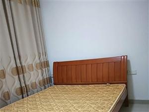 花半里1室1厅1卫1100元/月