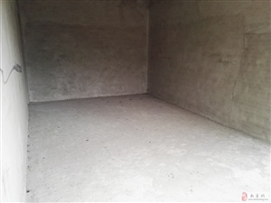 新县二中学区房3室2厅43万元(送储藏室)