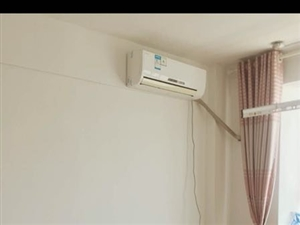 四海新城公寓1室1卫45平精装带家具家电