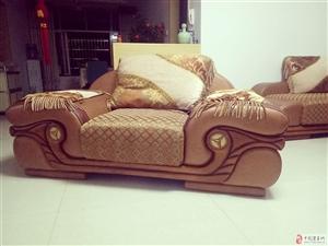 出售八成新高级仿真皮沙发