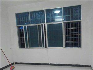 原价出售新宁县金石镇商业街3室1厅1卫22万元