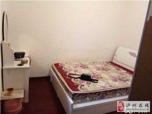回龙湾公交商城车站后2室1厅1卫950元/月